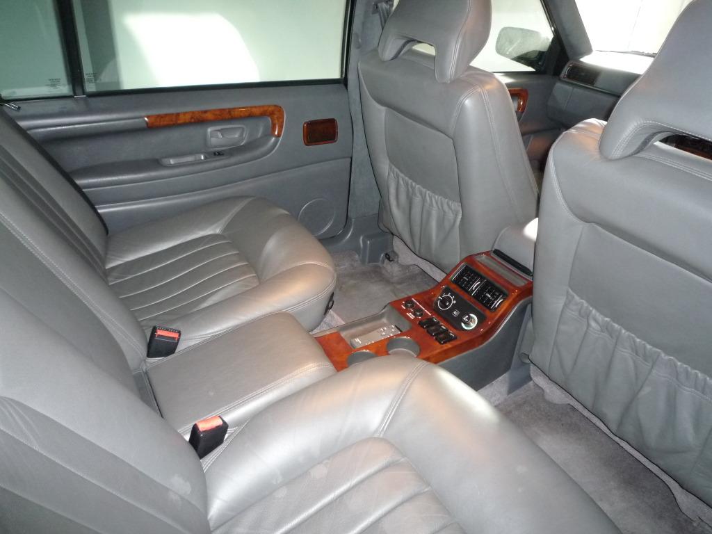Volvo Adventures, 2001 Volvo S90 Executive spec